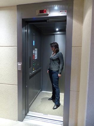 La signalétique de l'ascenseur a été repensée