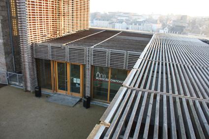 Extension contemporaine, architecte : Philippe Madec