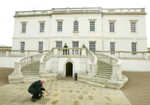 Escaliers à l'entrée