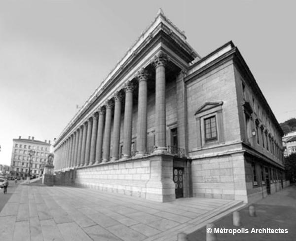 Vue extérieure du Palais de justice de Lyon