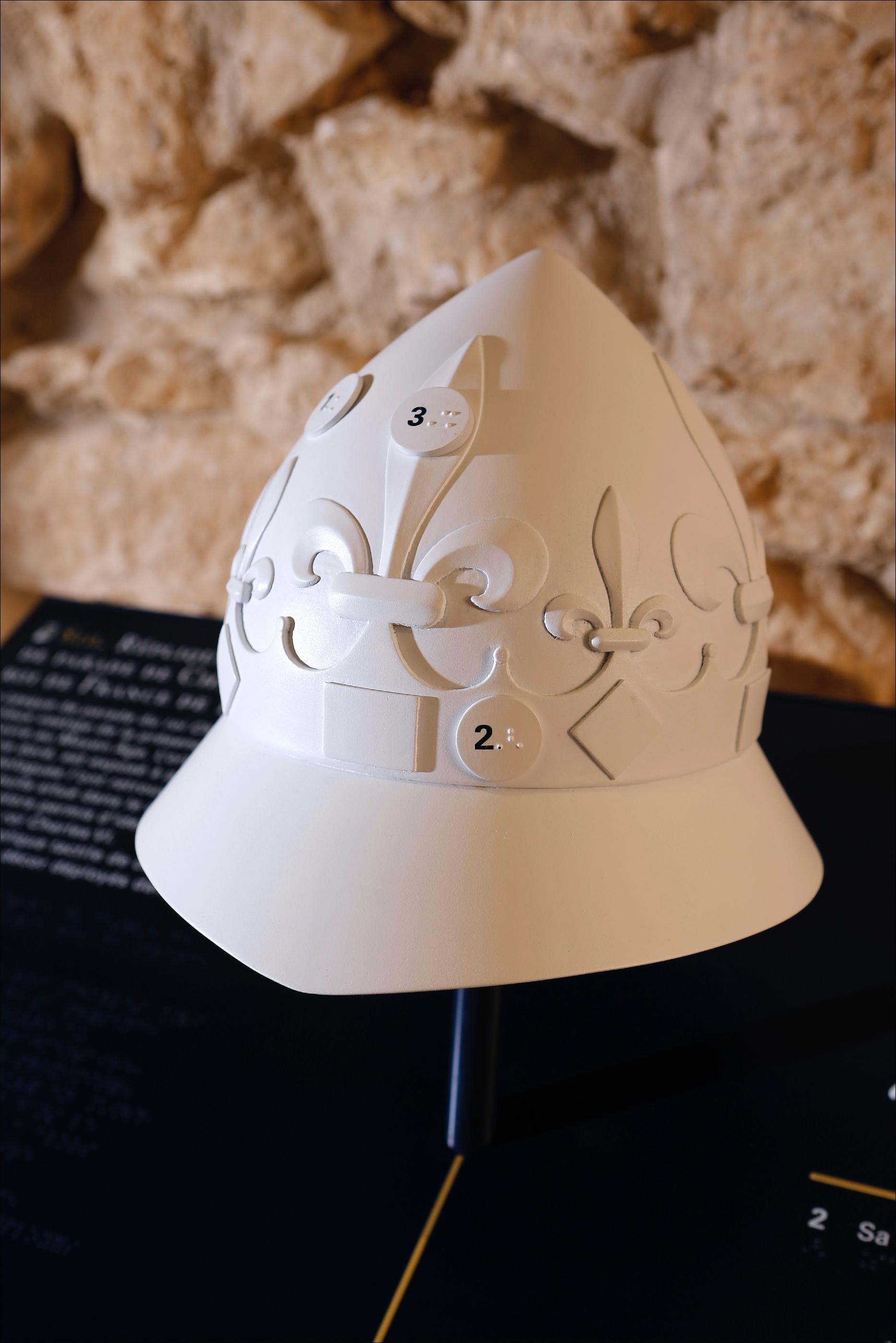 Reproduction tactile d'un casque