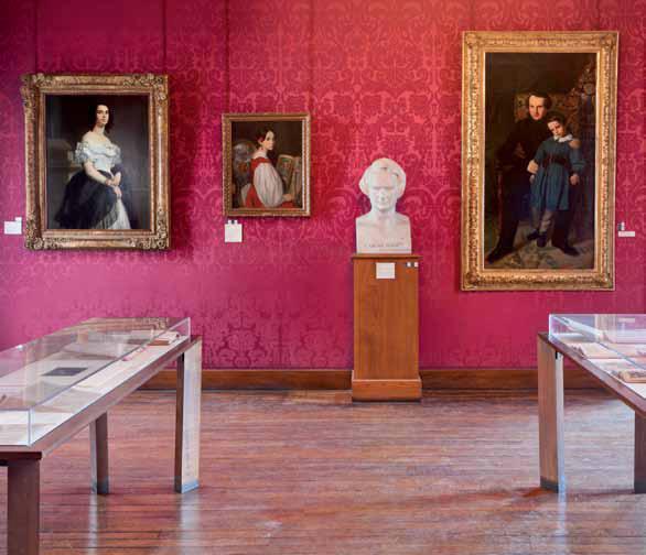 Le salon rouge - Crédit photographique Estelle Jeanne Poulalion, Maison Victor Hugo