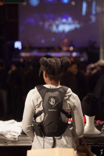 Sac à dos vibrant, Festival HipOpsession 2018. Crédit photographique : Adrien Savary.