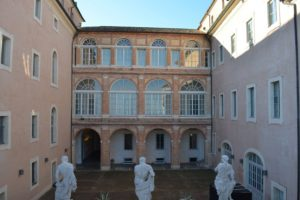 Les musées civiques du Palazzo Buonaccorsi et le Musée de la Calèche