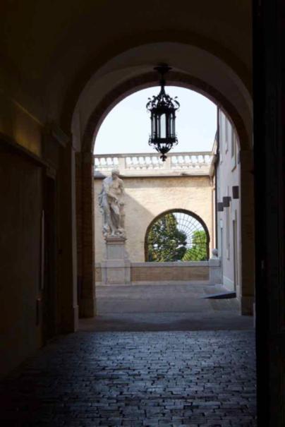 Fig. 5 Entrance in don Minzoni, 24
