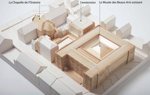 Maquette du projet et identification des trois lieux structurants : la Chapelle de l'Oratoire, L'extension « le Cube », et Le Musée des beaux-arts existant « le Palais ». Crédit photographique : Jack Hobhouse