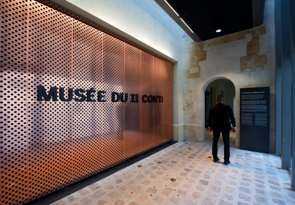 Signalétique du Musée. Crédit : Didier Plowy / Monnaie de Paris
