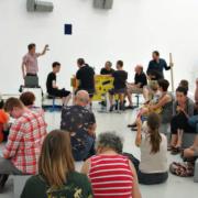 Un atelier musical avec l'Ensemble Orchestral Contemporain. Crédit photographique : MAMC+ Saint-Etienne.